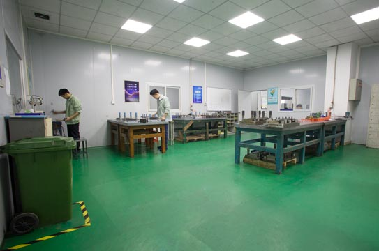 stamping-dies-factory